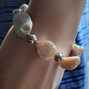 🍒Mother of Pearl Beaded Stretch  Bracelet